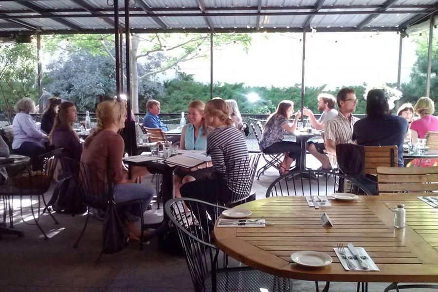 Dagabi patio people